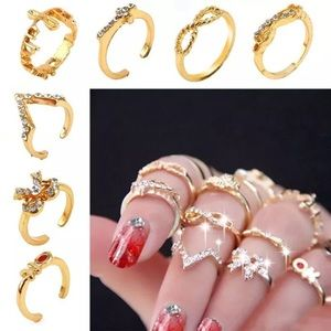 Jewelry - 7pcs Gold stacking knuckle Midi Rings